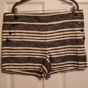 LOFT Riveria shorts